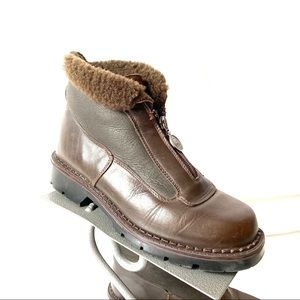 Sorel Brown Leather Front Zip Boots Sz 8